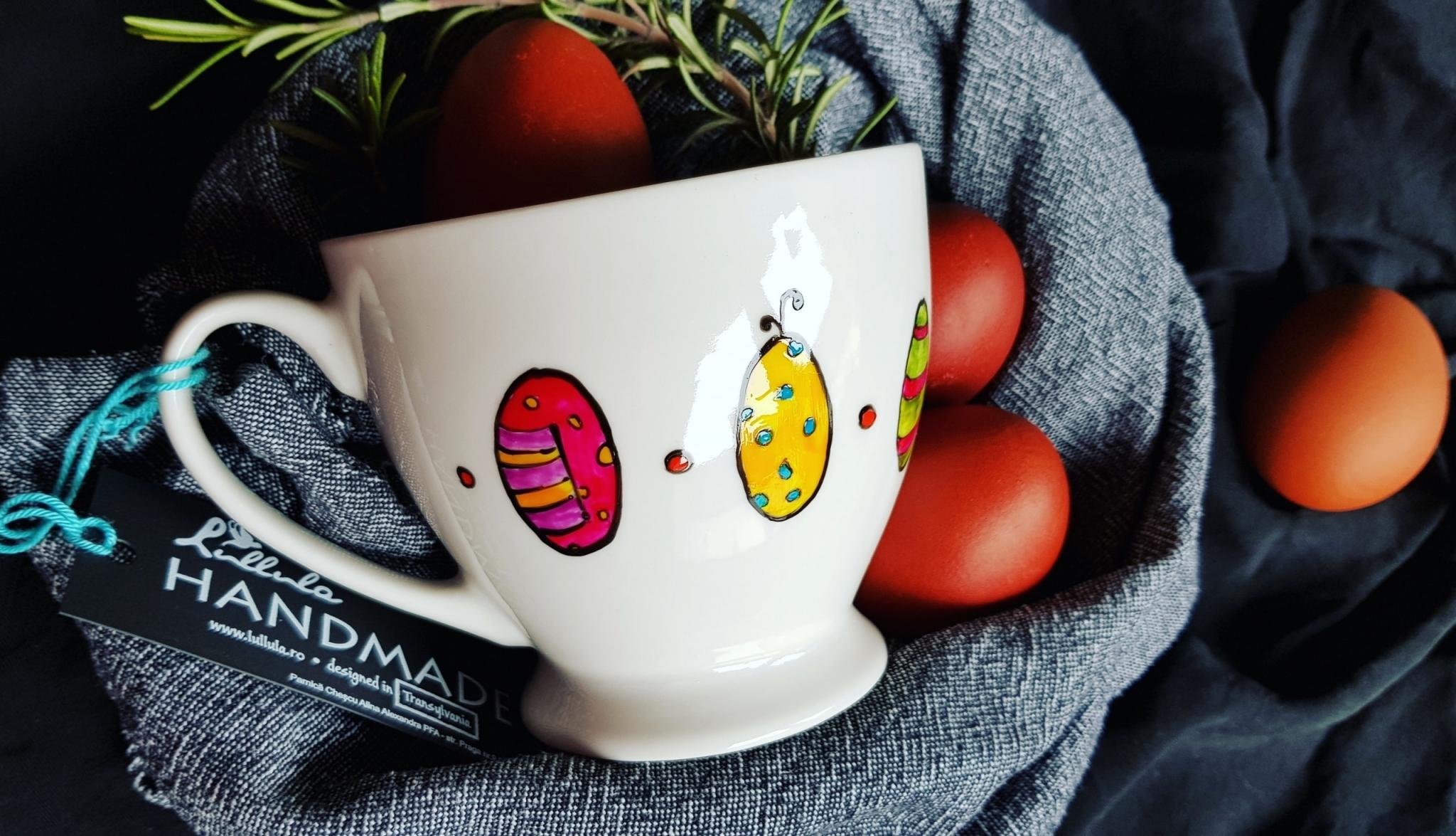 """Cană """"Ouă de Paști extraterestre"""""""